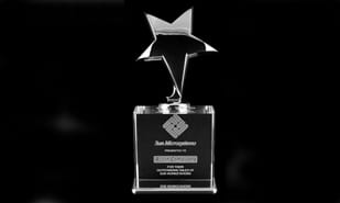 "3"" x 7-3/8"" Vega Series Crystal Metal Star Award"